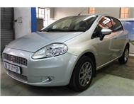 Fiat - Punto 1.4 Emotion 5 Door
