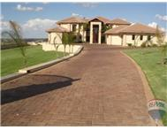 7 Bedroom house in Mooikloof Heights