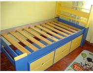 BED YELLOW AND BLUE BED SET
