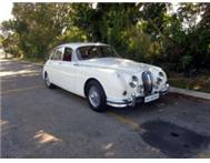 Jaguar MK2 3.8 manual overdrive with power steering
