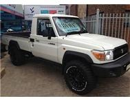 2010 Toyota Land Cruiser 79 4.0P P/U S/C in Cars for Sale Gauteng Pretoria - South Africa