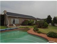 3 Bedroom 1 Bathroom House for sale in Roodekrans