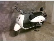 Practically Brand New Motomia Milano 150cc Scooter FOR SALE!!!