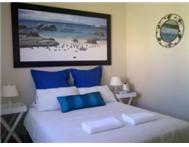 GORDONS BAY - BAY BREEZE LODGE - FROM R150 pp sharing