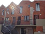 Townhouse Pending Sale in DARRENWOOD RANDBURG