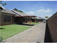 R 750 000 | Townhouse for sale in Del Judor Witbank Mpumalanga