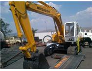 MITSHUBISHI 14TON EXCAVATOR Machinery in Farm Implements & Machinery North West Brits - South Africa