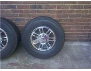 4 x Hummer Rimms and Tyres for Sale