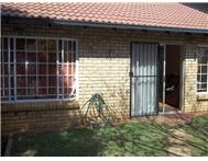 Townhouse For Sale in LA MONTAGNE PRETORIA