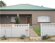 Full Title 3 Bedroom House in House For Sale Western Cape Moorreesburg - South Africa