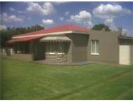 2 Houses for the price of 1! Randvaal