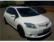 2011 1.3iXL Six-Forward Toyota Auris X with 21000km air-bags