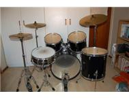 Drums Second Hand in Musical Instruments Western Cape Kraaifontein - South Africa