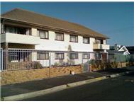2 Bedroom Apartment / flat to rent in Fish Hoek